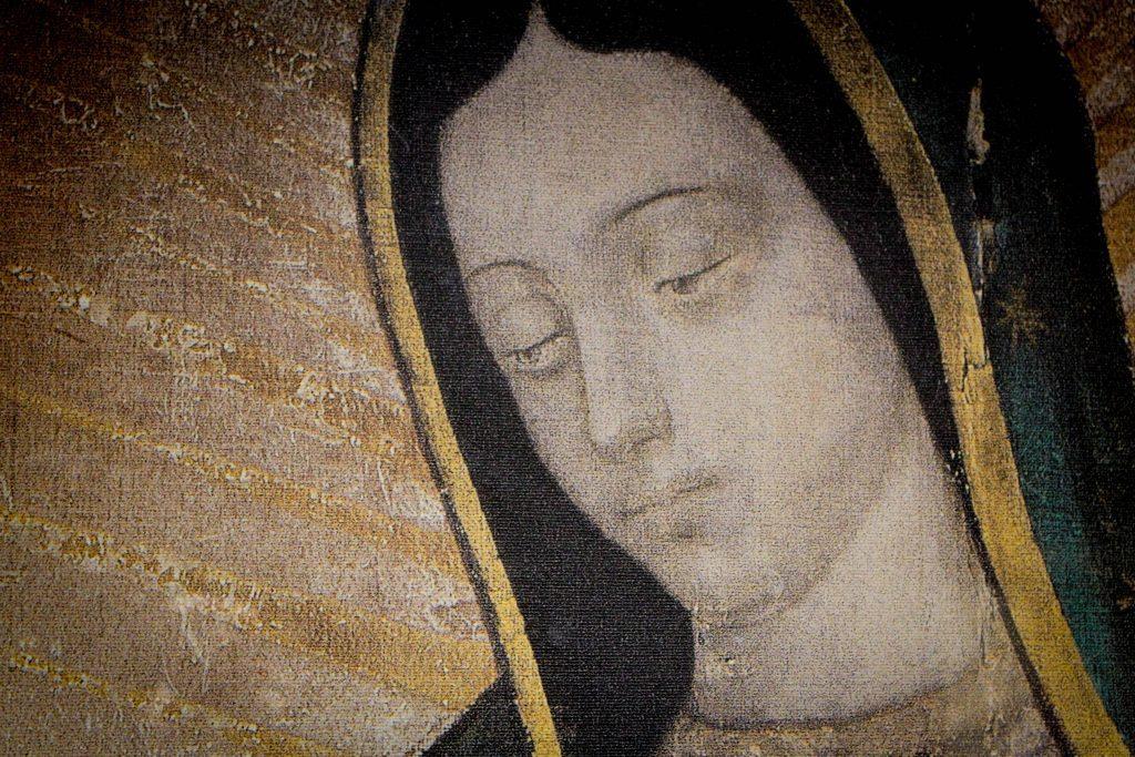 La Visita de la Virgen de Guadalupe a su Hogar